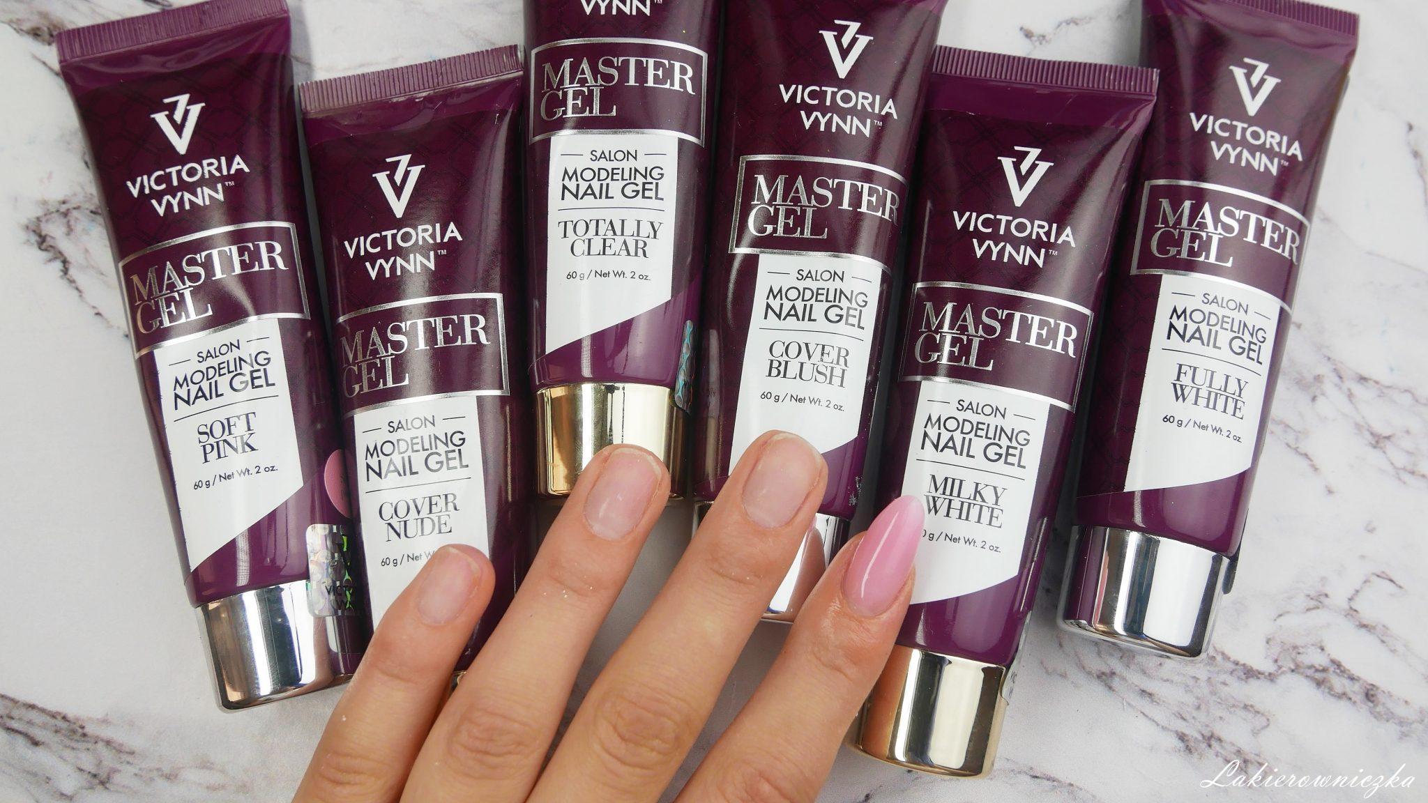 jak-zrobic-akrylo-zele-produkty-niezbedne-Master-gel-Victoria-vynn-Lakierowniczka-przedluzanie-na-szablonie-akrylo-zel-soft-pink-jak zrobić akrylo-żele?