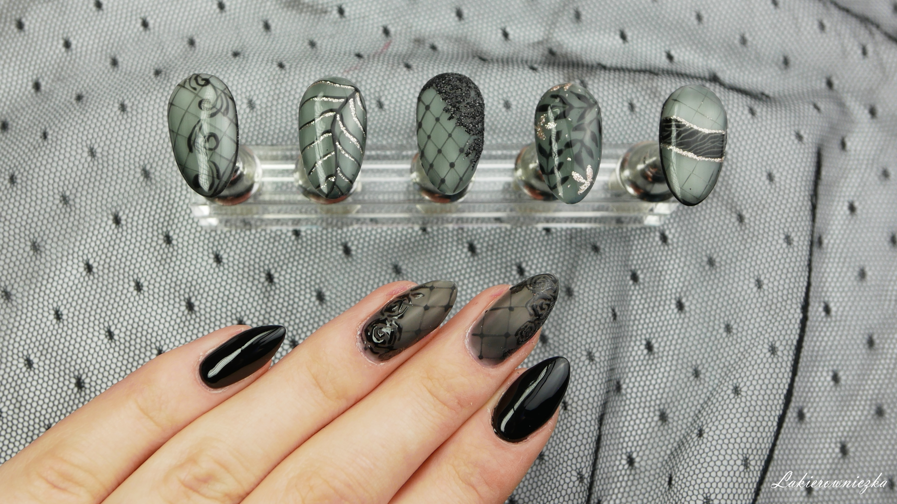 rajstopy-na-paznokciach-koronka-na-hybrydzie-rajstopowe-paznokcie-koronkowe-manitiul-Lakierowniczka