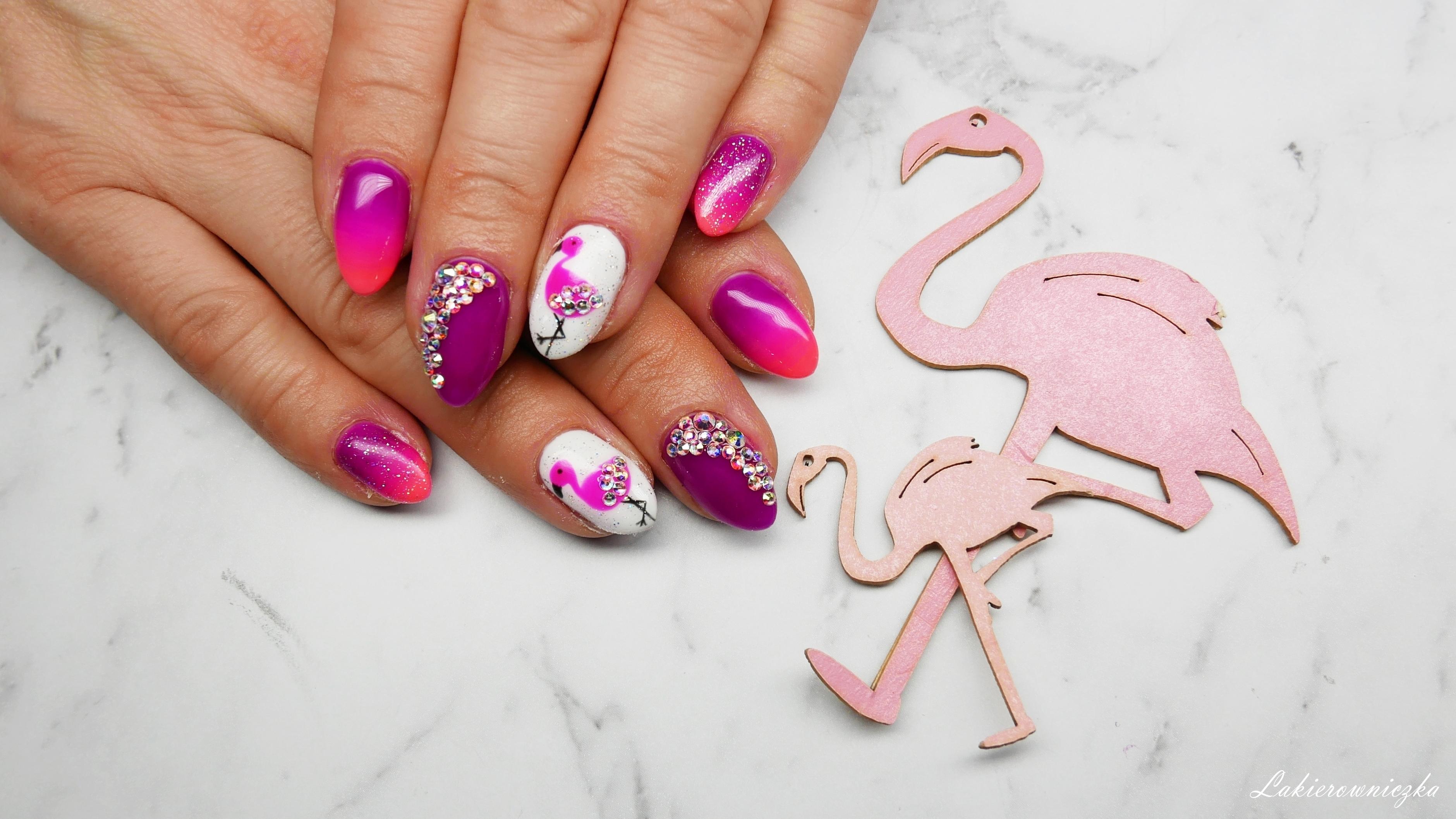 Semilac-034-Mardi-gras-gradient-fiolet-roz-cieniowanie-flaming-cyrkonie-Swarovski-Lakierowniczka-Semilac -34 Mardi Gras