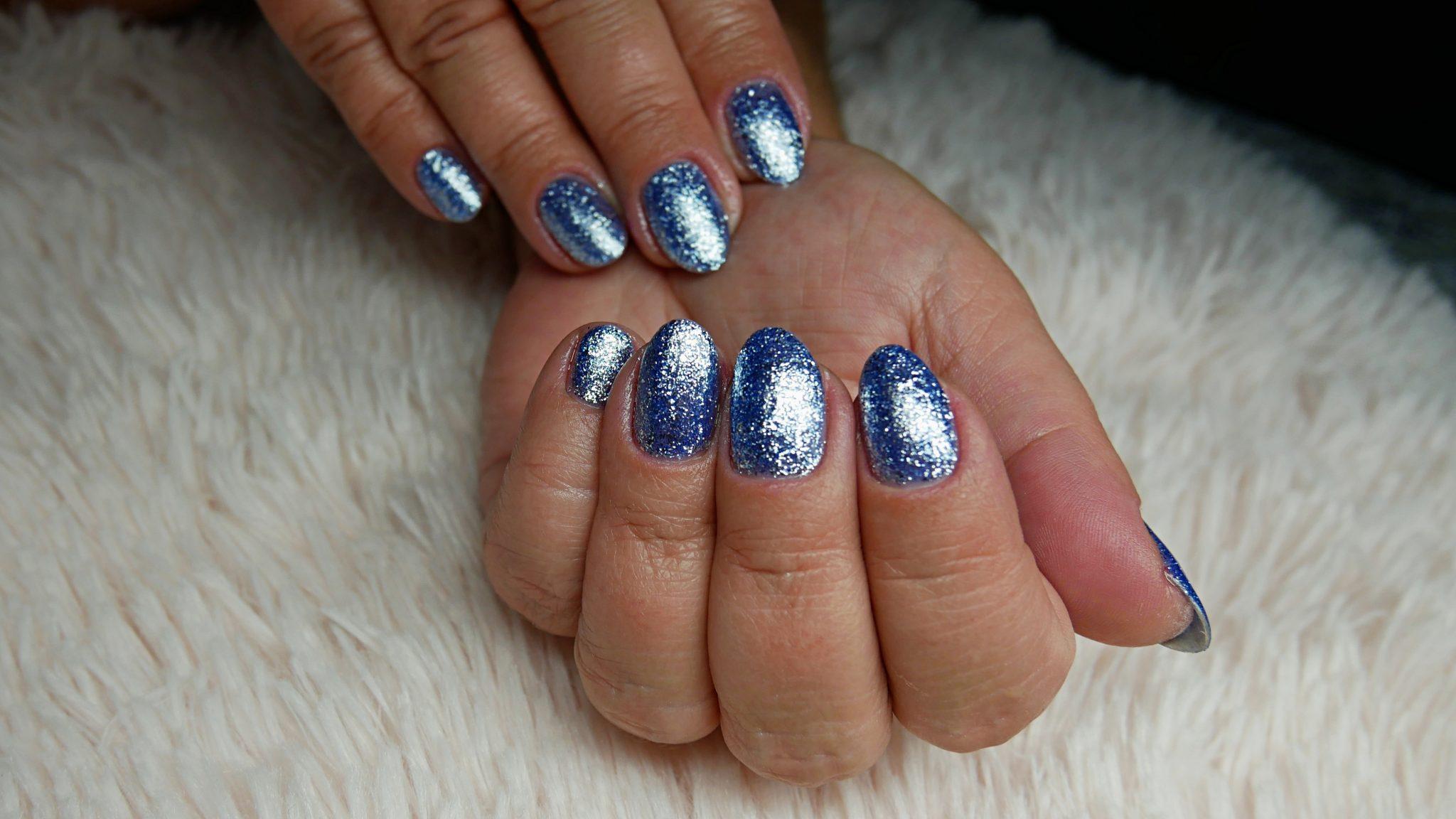 shiny-nails-Molly-lac-154-holo-born-pretty-Lakierowniczka